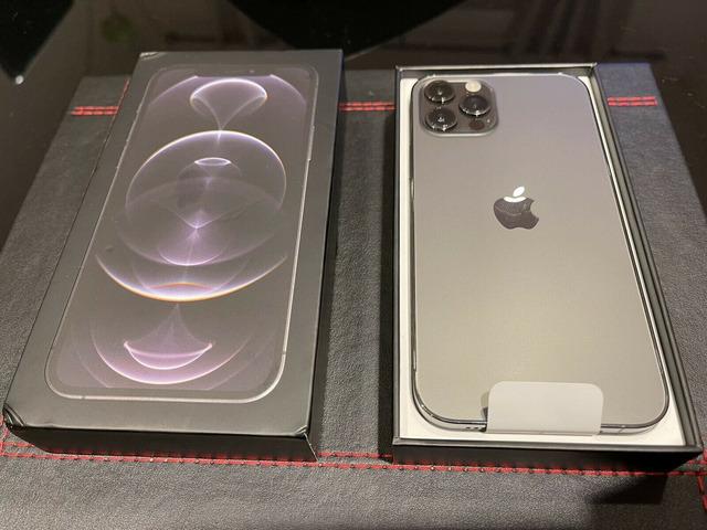 iPhone 12 Pro Max 128 GB / 256 GB / 512 GB autentico e sbloccato