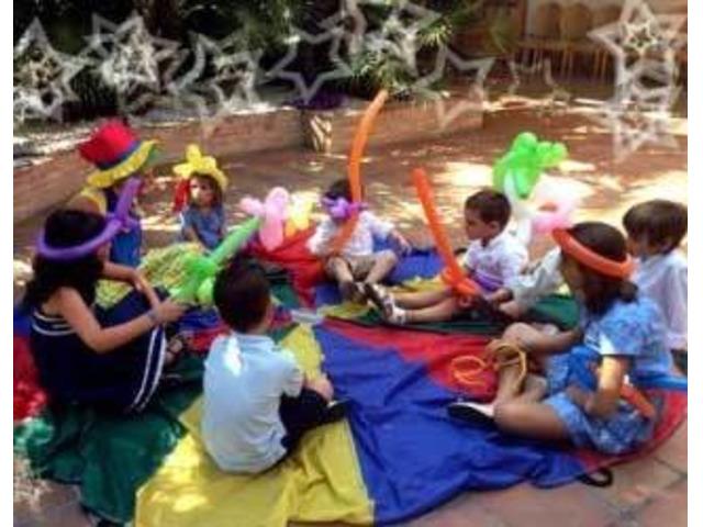 Assistenti all'infanzia, educatori, animatori per strutture turistiche
