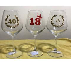 Calici + vino per compleanno