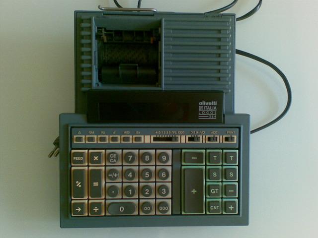 Calcolatrice da tavolo OLIVETTI