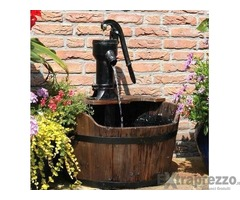 fontana esterno arredo giardino pompa su tinozza legno