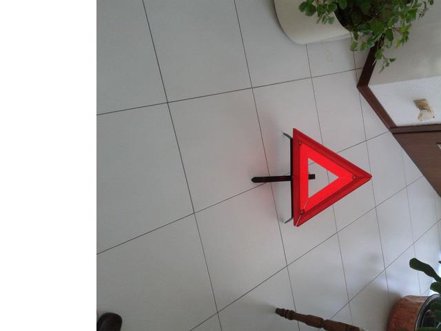 triangolo di emergenza omologato