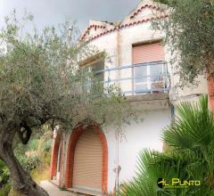 Sanremo casa indipendente con vista mare