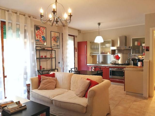 Appartamenti in Vendita - Viareggio ex campo d'aviazione primo piano in ottime condizioni