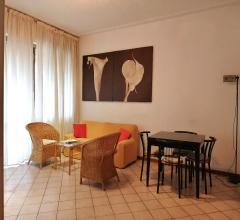 Case - Appartamento fronte mare con posto auto