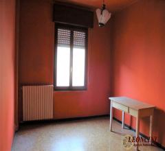 Case - L719 ampio appartamento a villafranca