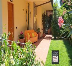 Bozzano: ampia villa bifamiliare in posizione dominante