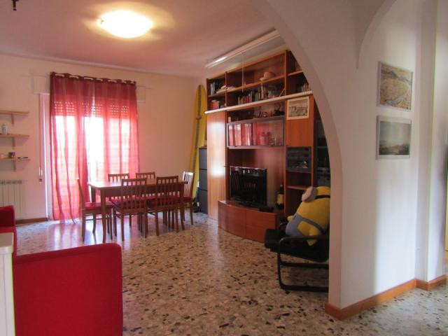 Case - Appartamento ampio marina di carrara rif 3382