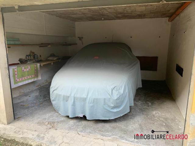 Case - Garage