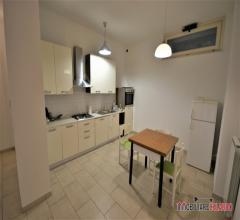Case - Appartamento con ingresso indipendente ristrutturato