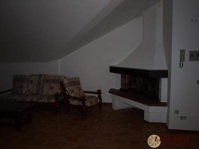 Case - A438 appartamento mansardato