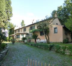 Case - Rosignano marittimo - loc. acquabona - trilocale con garage e giardino