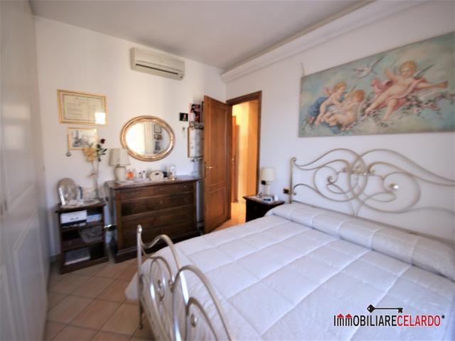 Case - Appartamento - via della mimosa, 20