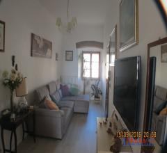 Case - Rosignano solvay -  appartamento con 3 camere-giardino-e garage grande.