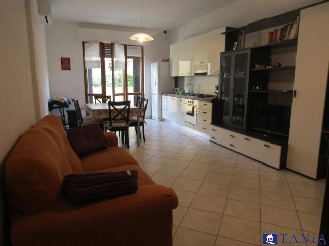 Case - Appartamento completamente ristrutturato in centro a marina di carrara rif 3339