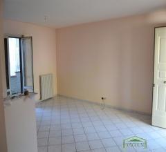 Appartamenti in Vendita - Appartamento -  via troisi 16