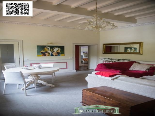 Case - Appartamento in villa d'epoca a serravalle pistoiese