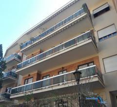 Appartamento di ampia metratura nella elegante via del poggio