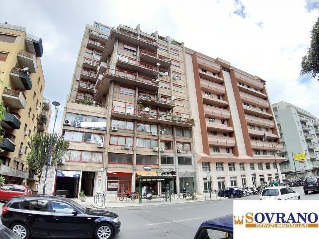 Case - Notarbartolo/liberta': appartamento bivani