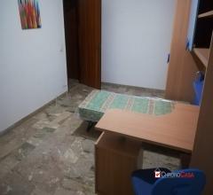 Case - Annunziata,comoda camera in trivani per studentessa/impiegata