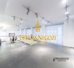 Case - Ufficio showroom in vendita in zona porta venezia