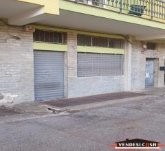 Case - Locale artigianale via roma - strada privata bruno marino