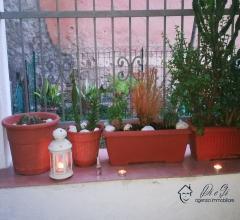 Indipendente bilocale con terrazza in vendita a casanova lerrone