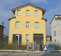 Appartamento al piano terra - via argini nord - crevalcore (bo) località bolognina