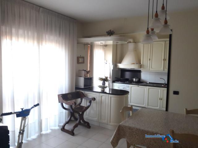 Case - Appartamento grande e luminoso con 2 garage