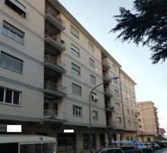 Case - Appartamento di mq 160 ca. con cantina e box auto -  frosinone centro alta /via firenze