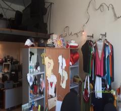 Case - Locale commerciale idoneo anche uso studio o ufficio