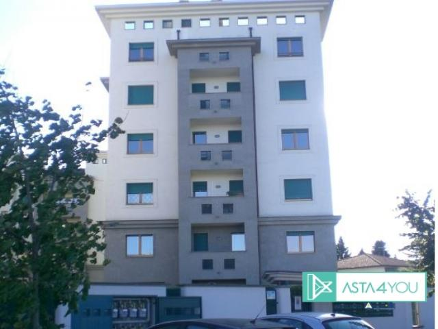 Case - Appartamento - via enrico fermi - 20015 parabiago (mi)