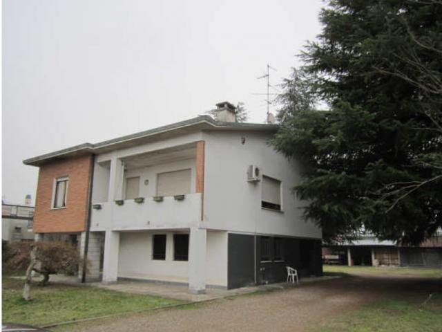 Case - Villa - via alessandro manzoni 33