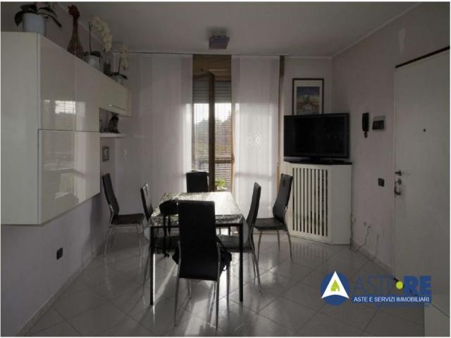 Case - Appartamento - via gian luigi banfi 7/9