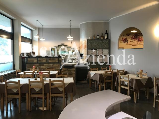 Appartamenti in Vendita - Tecnoazienda: immobile commerciale con pizzeria ristorante