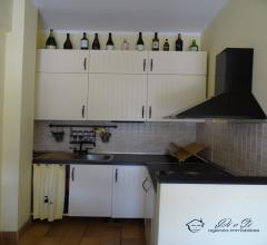 Case - Appartamento bilocale con balcone e cantina in vendita a garlenda
