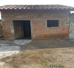 Case - Vendesi abitazione rurale da ristrutturare