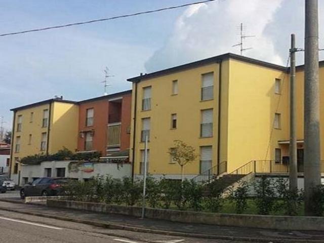 Case - Asta immobiliare ufficio ambulatorio - via circonvallazione est, 28/a