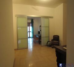 Appartamento di ampia metratura avenza rif 3442