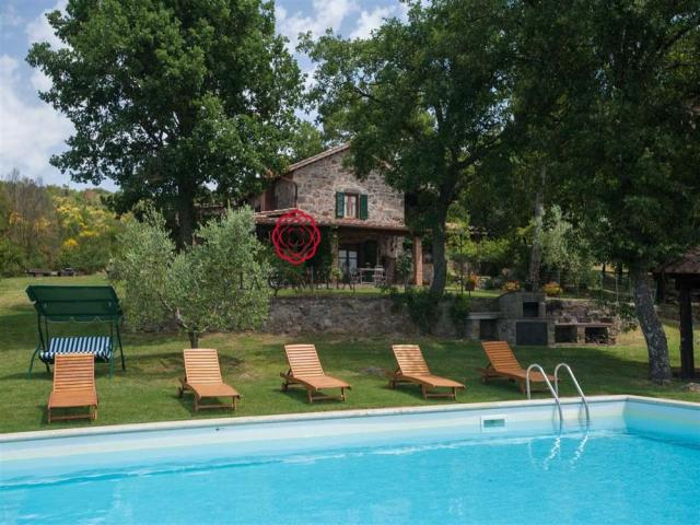 Il cerro - casolare con piscina - affitti settimanali