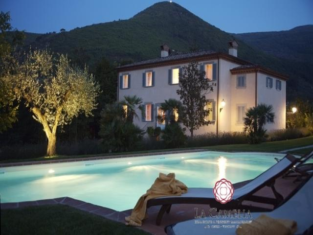 Casa vacanza - villa le rose - villa di lusso - campagna lucca - affitti settimananli