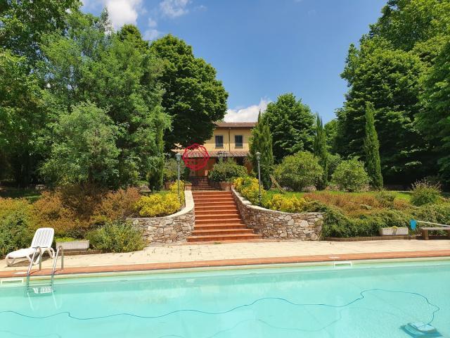 Villa i tigli - villa padronale con piscina - affitti settimanali