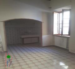 Appartamento indipendente su 2 livelli con terrazza abitabile