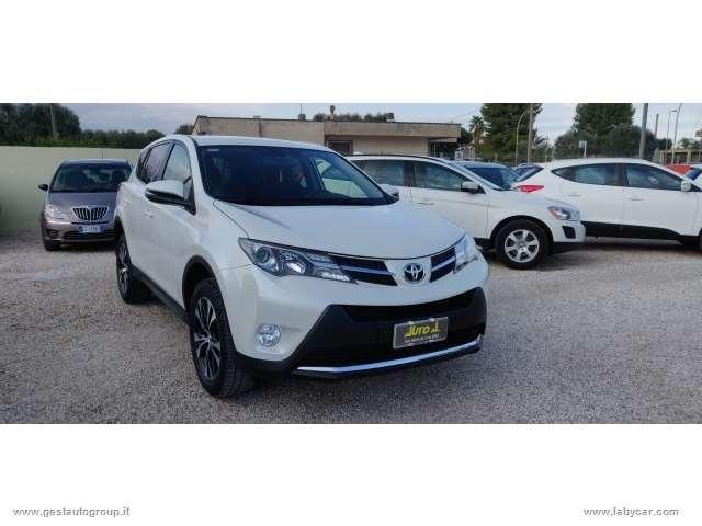 Toyota rav4 2.0 d-4d 4wd lounge white ed.