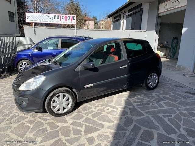 Renault clio 1.2 3p. rip curl