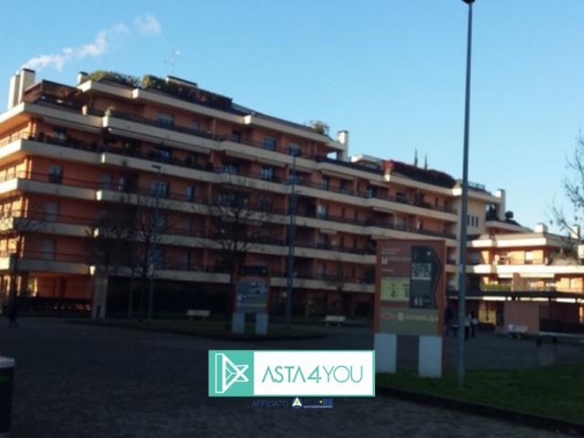 Case - Appartamento all'asta in piazza unita' d' italia 1,canegrate(mi)