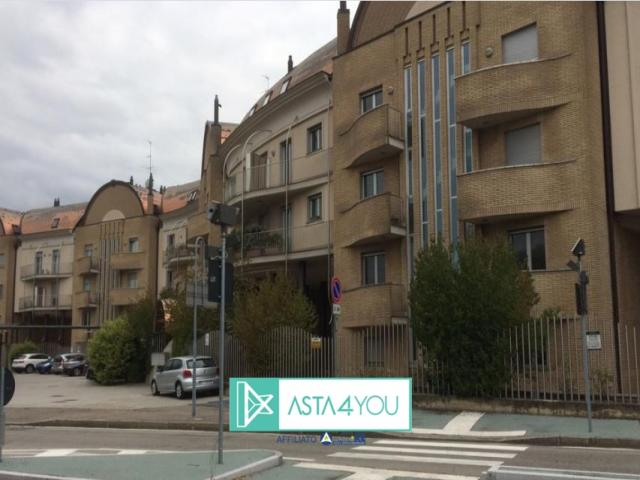 Case - Appartamento all'asta in via xx settembre 118, legnano (mi)