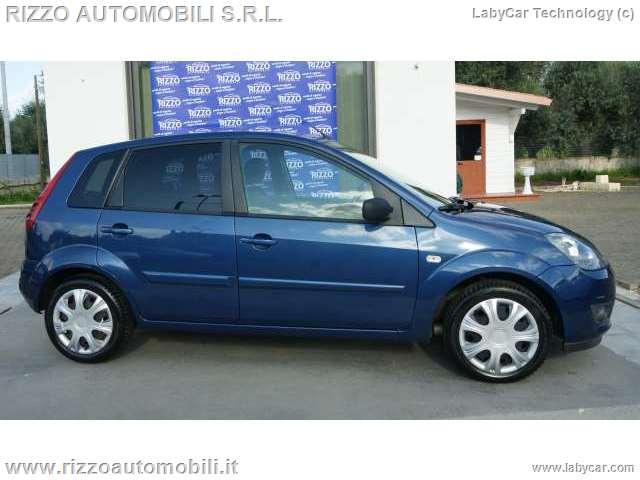 Auto - Ford fiesta titanium 1.4 tdci 5p