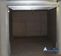 Garage o autorimessa - via john kennedy n. sn