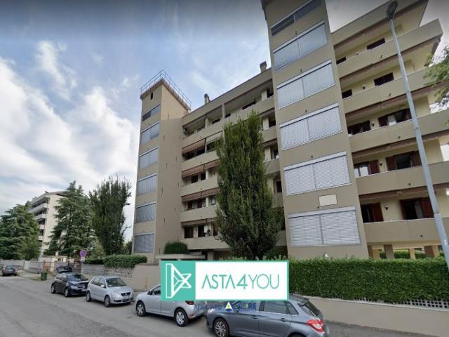 Appartamento all'asta in via don mezzera 2, nova milanese (mi)